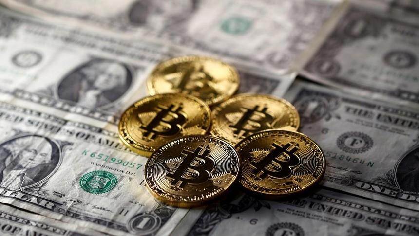 Giá Bitcoin hôm nay ngày 16/4: Bitcoin mắc kẹt trong khoảng 62.000 USD, đồng Ethereum và Dogecoin thiết lập mức đỉnh kỷ lục mới