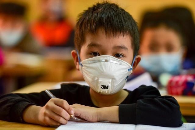 Chiều tối 3/5, Sở GD&ĐT Hà Nội bất ngờ có công văn cho toàn thể học sinh tất cả các cấp nghỉ học từ ngày 4/5.