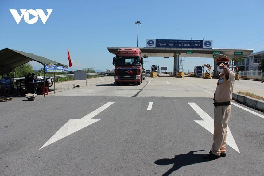 Quảng Nam thành lập chốt kiểm dịch Covid-19 trên tuyến cao tốc Đà Nẵng- Quảng Ngãi, đoạn qua thị xã Điện Bàn.