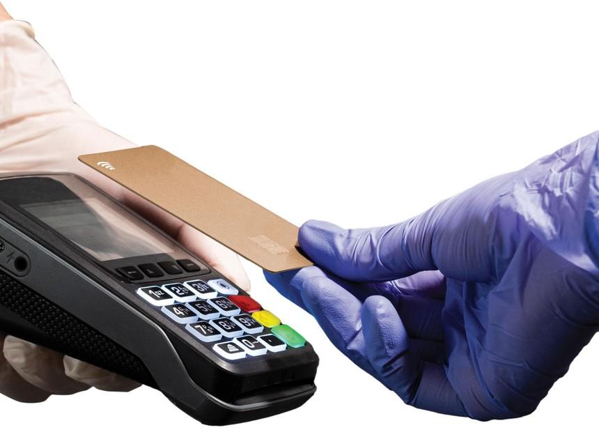 Thanh toán không chạm sẽ là xu hướng chủ đạo trong thanh toán ngân hàng sau đại dịch.