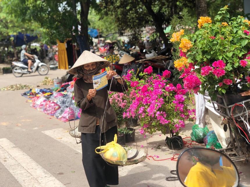 Tham gia BHXH tự nguyện để có lương hưu và thẻ BHYT chăm sóc sức khỏe khi về già (nguồn: BHXH Bắc Giang).