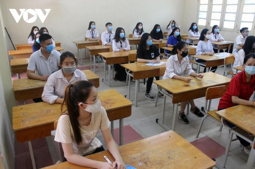 Dịch Covid -19 phức tạp, nhiều địa phương lùi lịch thi tuyển sinh vào lớp 10