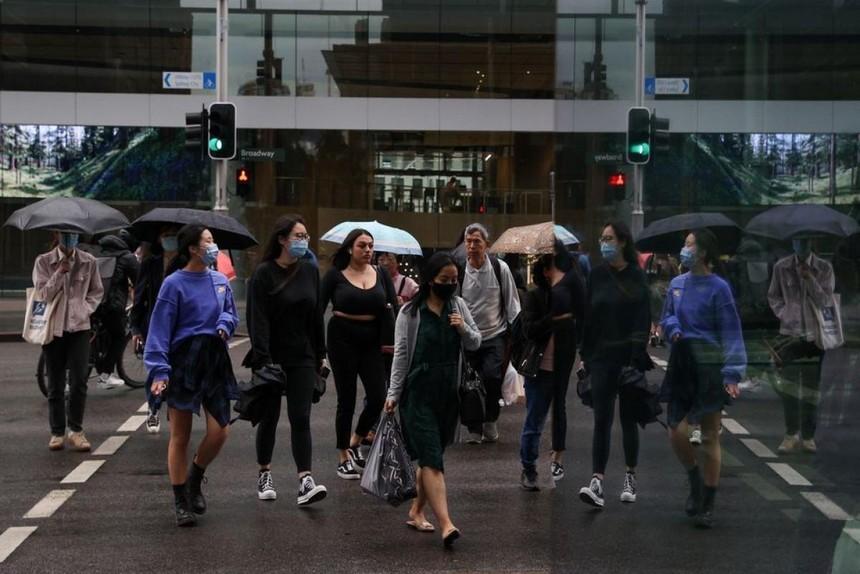 Giới chức Australia xác nhận virus SARS-CoV-2 chủng Delta đã xuất hiện tại nước này. Ảnh: Reuters.