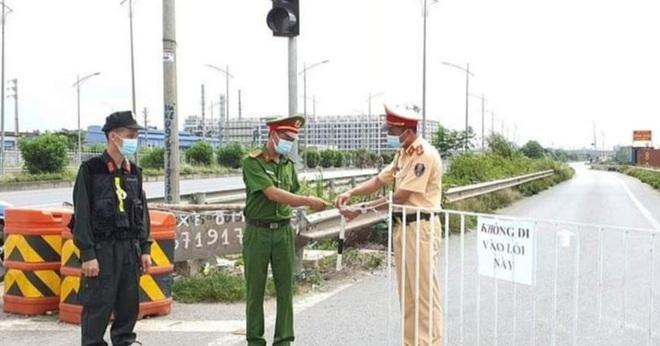Chốt kiểm soát dịch thành phố Bắc Ninh.
