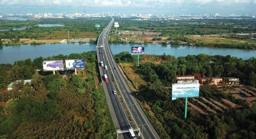 Bất động sản và thu phí giao thông đang là hai lĩnh vực chính của CII.