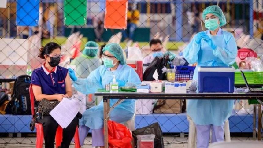 Ngày 7/6, Thái Lan bắt đầu chiến dịch tiêm chủng vaccine Covid-19 quy mô lớn nhất từ trước tới nay. Ảnh: BBC.