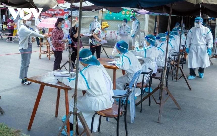 Xét nghiệm Covid-19 tại Campuchia.
