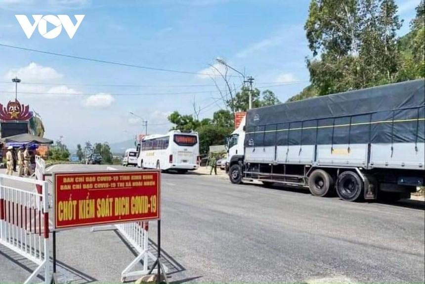 Dừng hoạt động chốt kiểm tra y tế phòng dịch Covid-19 trên đèo Bình Đê thuộc địa bàn thị xã Hoài Nhơn.