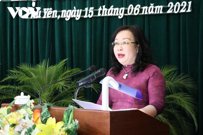 Bà Cao Thị Hòa An, Chủ tịch HĐND tỉnh Phú Yên khóa VIII.