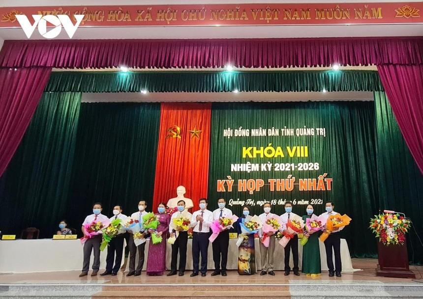 HĐND tỉnh Quảng Trị khóa VIII kiện toàn các chức danh Chủ tịch, Phó Chủ tịch HĐND; Trưởng, phó các Ban thuộc HĐND tỉnh Quảng Trị.