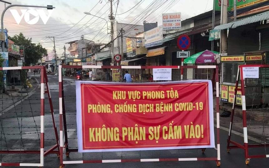 Gần 1.500 người liên quan đến ca nghi mắc Covid-19 tại huyện Nhơn Trạch, tỉnh Đồng Nai.