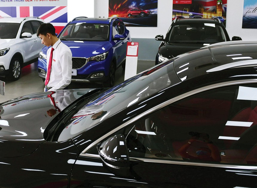 Trong bối cảnh sức mua giảm, ngành ô tô đối diện nhiều khó khăn.