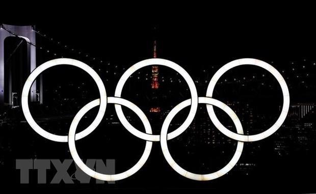 Biểu tượng Olympic tại Tokyo, Nhật Bản, ngày 21/7/2021. (Ảnh: THX/TTXVN).