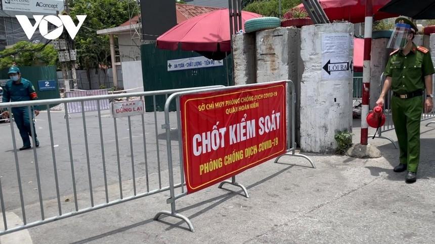 Phường Chương Dương, quận Hoàn Kiếm tiếp tục cách ly đến 0h ngày 28/8.