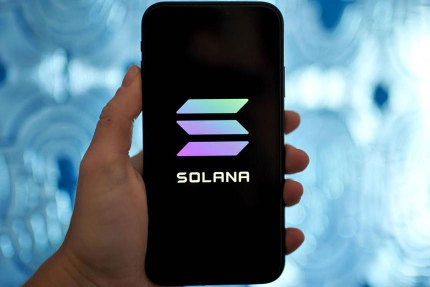 Giá Bitcoin hôm nay ngày 17/8: Bitcoin gặp khó đã có Solana, đồng SOL phá vỡ mọi kỷ lục