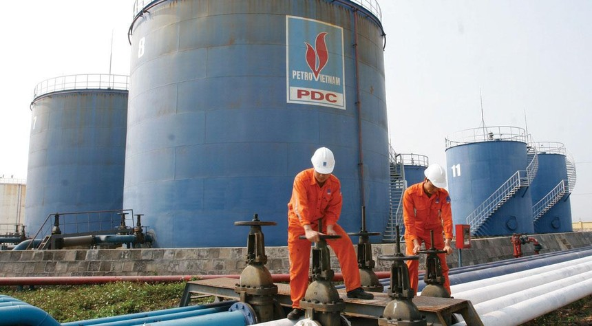 Nguồn cung xăng dầu trong nước đang dư thừa, tồn kho cao.