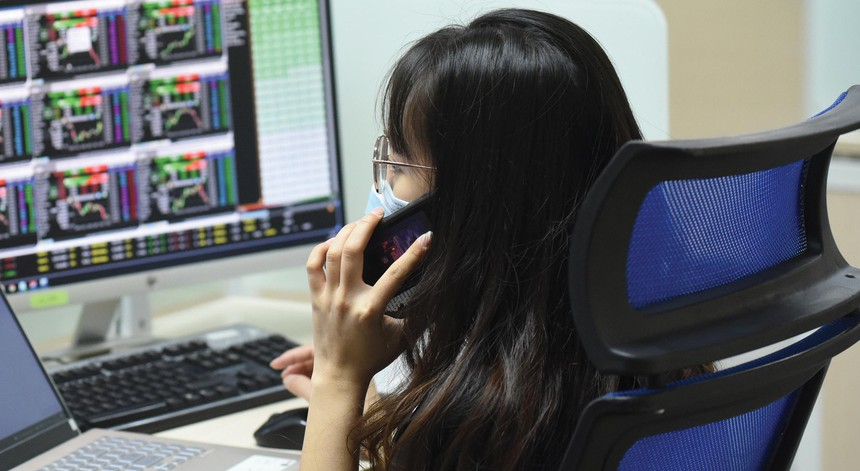 Thị trường sau nhiều phiên tích lũy vẫn khá ổn ở mốc 1.330 điểm