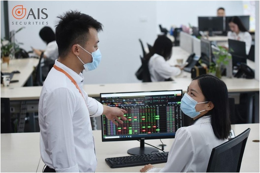 Những yếu tố tác động tới giá của cổ phiếu