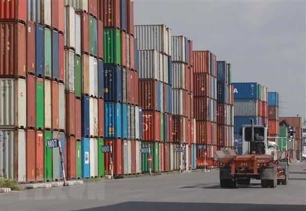 Container hàng hóa tại cảng Cát Lái. (Ảnh: Quang Châu/TTXVN).