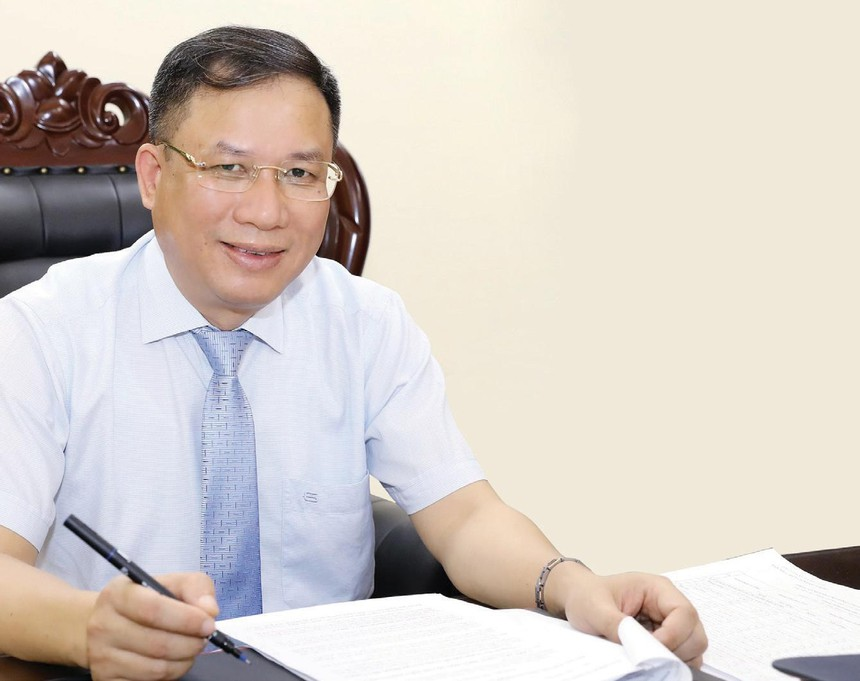 Ông Lê Hùng Sơn, Phó tổng giám đốc Bảo hiểm Xã hội Việt Nam