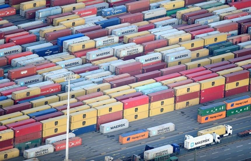 Cảng container ở Hamburg, Đức ngày 14/11/2019. (Ảnh: Reuters/TTXVN).