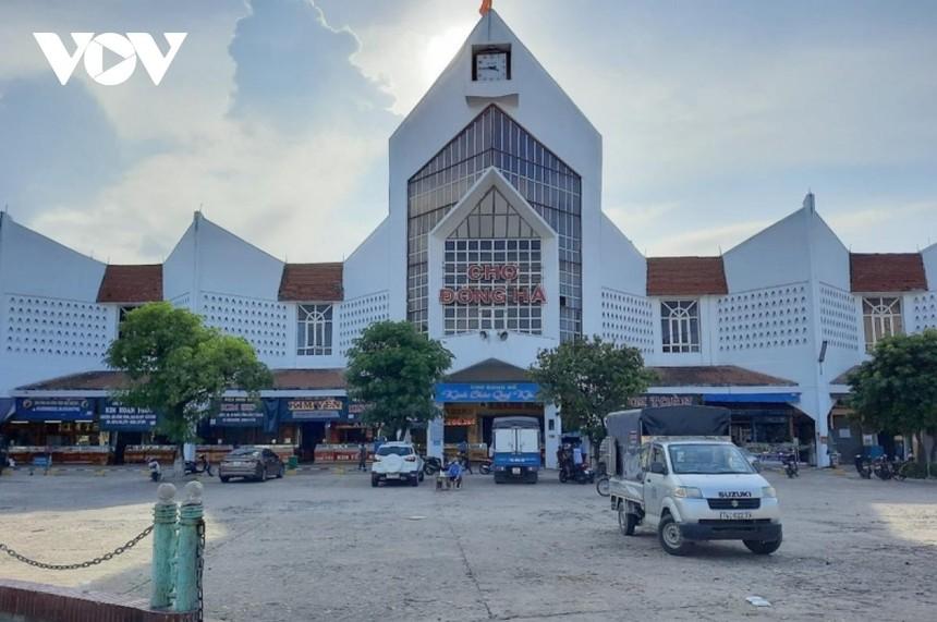 Chợ lớn nhất tỉnh Quảng Trị hoạt động trở lại sau 20 ngày chống dịch