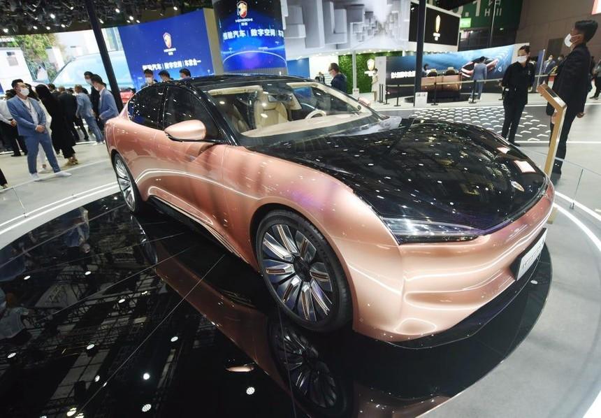Lần đầu ra mắt mẫu xe mới của Evergrande tại triển lãm ô tô tháng 4.
