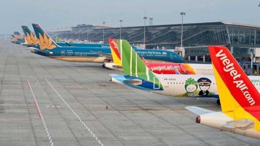 Bộ GTVT đề xuất hai phương án nối lại đường bay Hà Nội – TP.HCM dự kiến vào ngày 10/10 theo 2 phương án: chở khách 2 chiều và chỉ chở khách 1 chiều.
