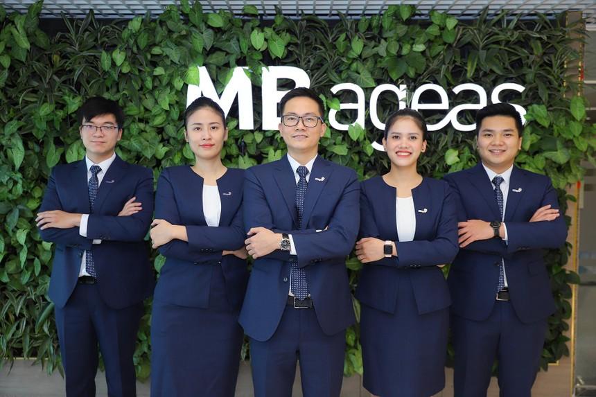 Đội ngũ CNBV chuyên nghiệp của MB Ageas Life.