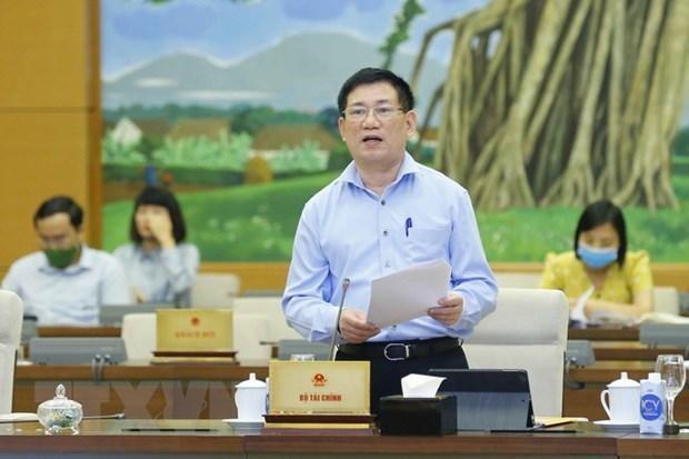 Bộ trưởng Bộ Tài chính Hồ Đức Phớc làm Tổ trưởng thường trực cảu Tổ công tác đặc biệt của Bộ Tài chính tháo gỡ khó khăn cho doanh nghiệp và người dân bị ảnh hưởng bởi dịch COVID-19. (Ảnh: Doãn Tấn/TTXVN).