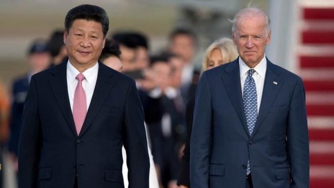 Tổng thống Mỹ Joe Biden và Chủ tịch Trung Quốc Tập Cận Bình trong cuộc gặp năm 2015 (Ảnh: AP).