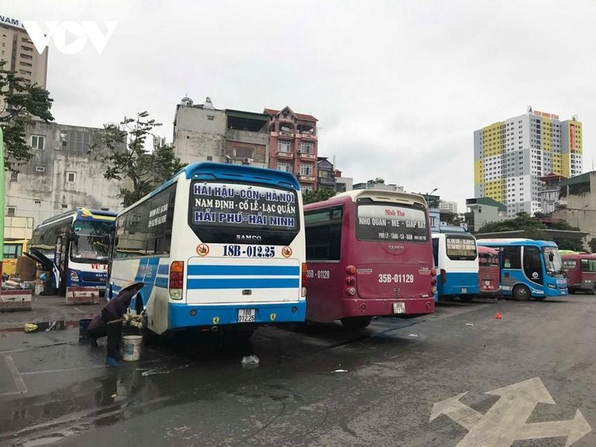 Tổng cục Đường bộ Việt Nam cho biết, trong ngày (13/10) có 8 tuyến xe khách liên tỉnh hoạt động trở lại.