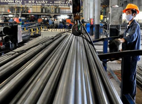 Phó thủ tướng yêu cầu dần loại bỏ các nhà máy thép sử dụng công nghệ sản xuất lạc hậu, tiêu hao năng lượng lớn.