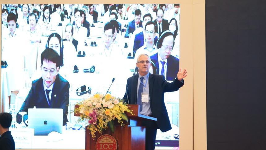 Jacques Morisset, Chuyên gia kinh tế trưởng, Ngân hàng Thế giới tại Việt Nam phát biểu tại Diễn đàn Cải cách và Phát triển (VRDF) 2020. Ảnh: Đức Thanh