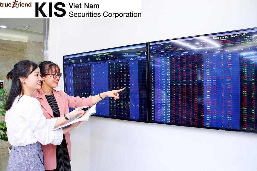 CEO KIS Việt Nam: Cổ phiếu bất động sản, vật liệu xây dựng, khu công nghiệp sẽ dẫn dắt thị trường trong năm 2021