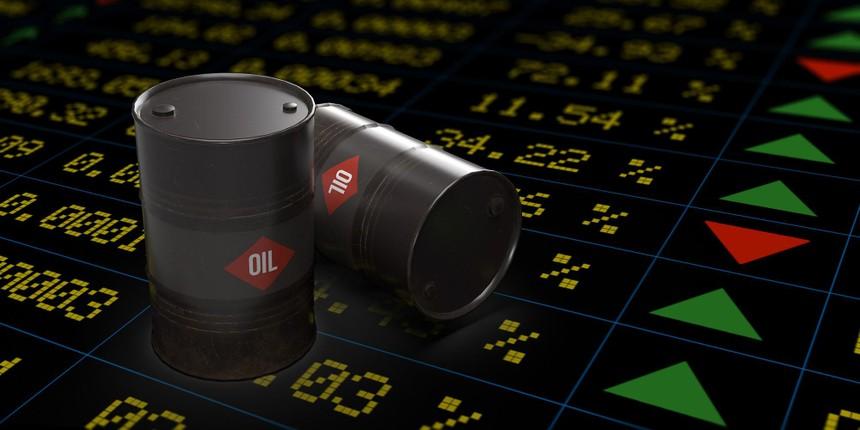 Các nhà phân tích dự đoán giá dầu sẽ tăng lên 100 USD/thùng