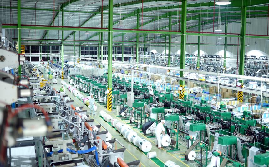 An Phát Holdings (APH) đăng ký mua thêm 38 triệu cổ phiếu Nhựa An Phát Xanh (AAA)