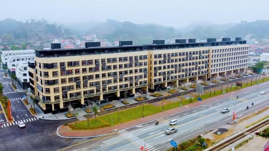 Khu shophouse Apec Diamond Park Lạng Sơn đã hoàn thiện và đang thực hiện bàn giao cho khách hàng.