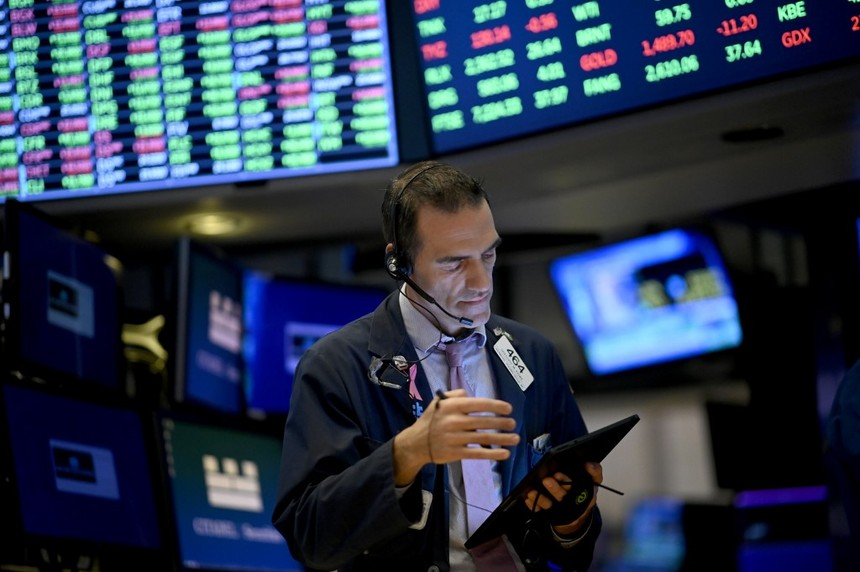 Khối ngoại trở lại bán ròng gần 50 tỷ đồng trong phiên giảm sâu 21/10