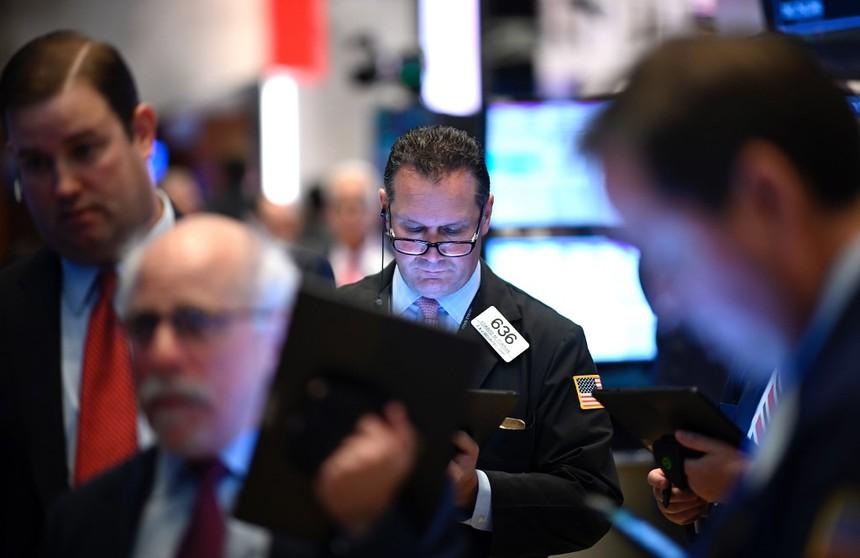 Chấm dứt 5 tháng bán ròng, khối ngoại mua ròng gần 2.000 tỷ đồng trên HOSE trong tháng 1/2020