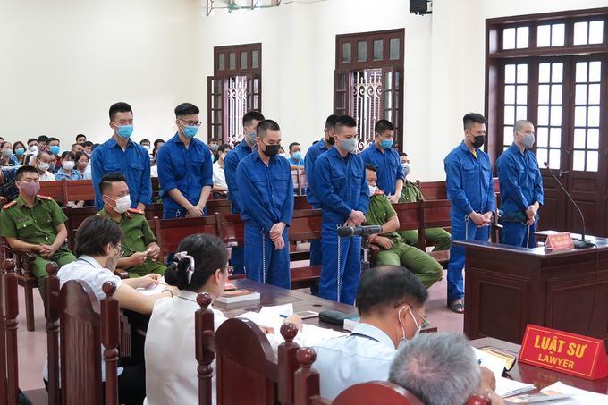 Các bị cáo tại phiên tòa sơ thẩm. Ảnh: Vnexpress