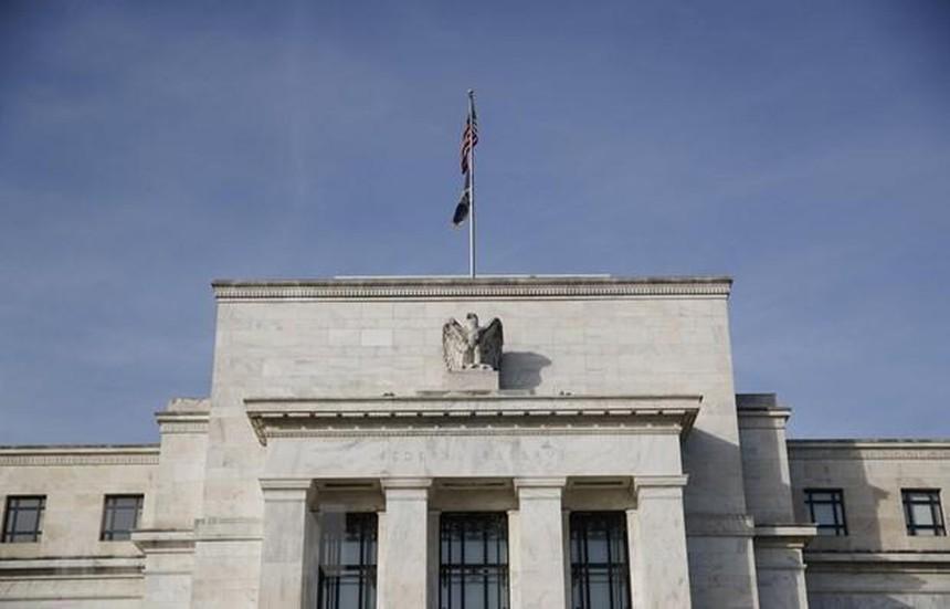 Fed cam kết duy trì chính sách tiền tệ nới lỏng