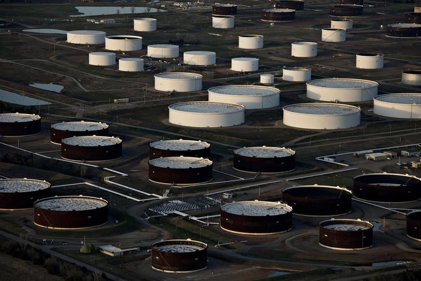 Lượng dầu tích trữ trong đại dịch Covid-19 gần như đã tiêu thụ hết