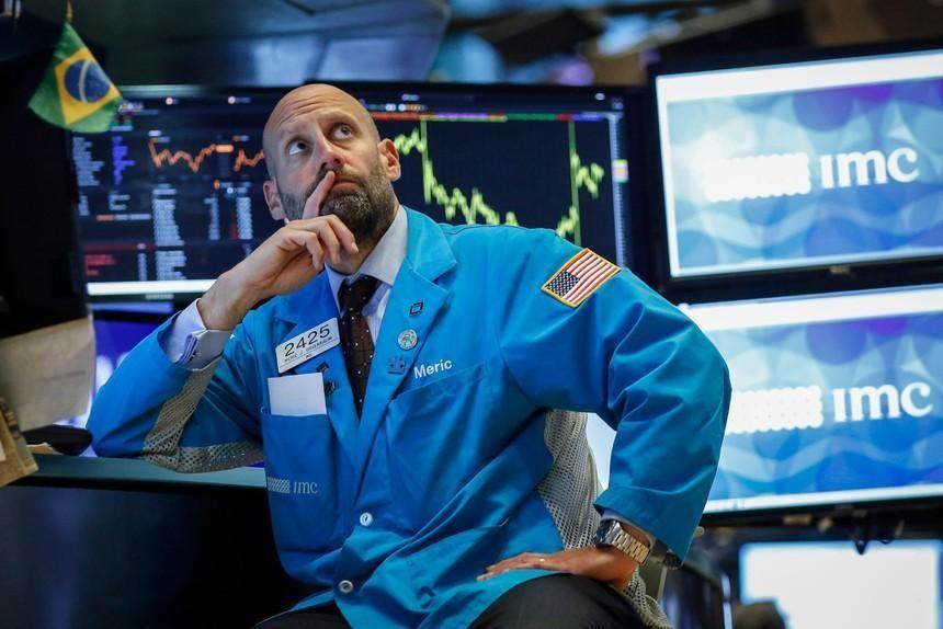 Các nhà đầu tư Mỹ chuyển sang tiền mặt với tốc độ nhanh nhất kể từ tháng 3/2020