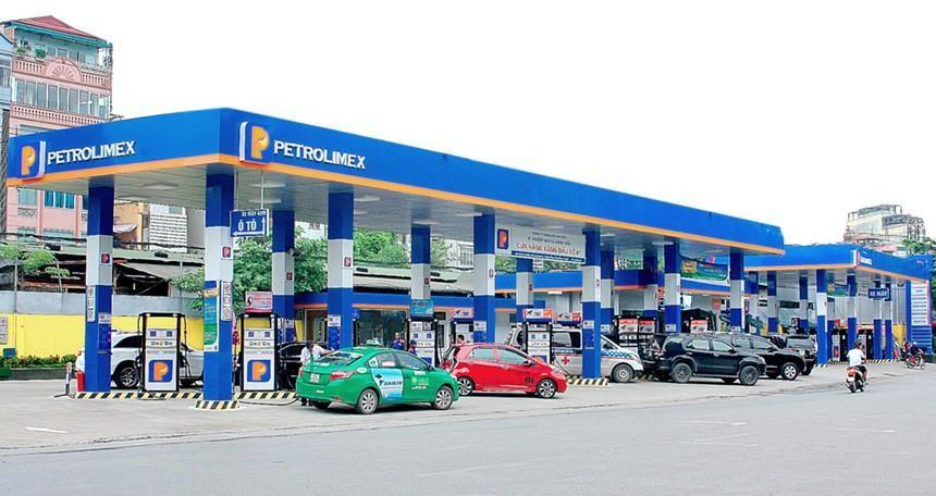 Hưởng lợi giá dầu, quý I/2021 lợi nhuận Petrolimex (PLX) lãi trở lại