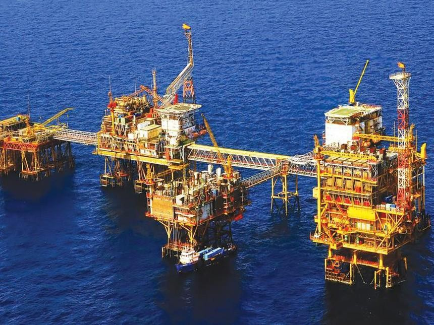 Giá dầu tăng lên mức cao nhất kể từ năm 2018 do nhu cầu dầu tăng ở phương Tây