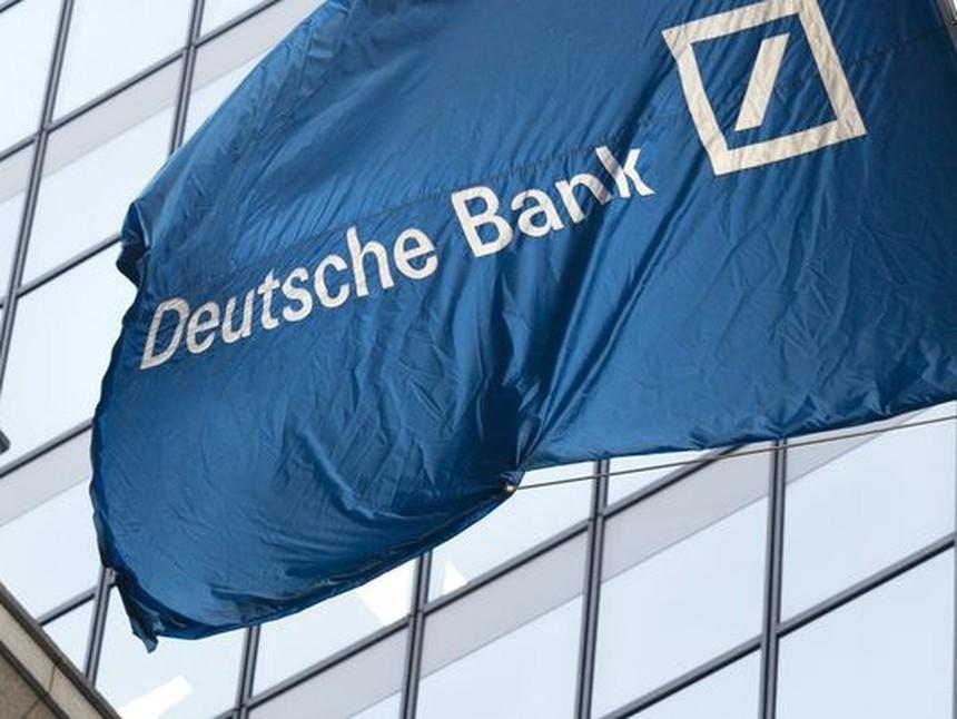 """Deutsche Bank cảnh báo về """"quả bom hẹn giờ"""" tài chính toàn cầu do lạm phát gia tăng"""
