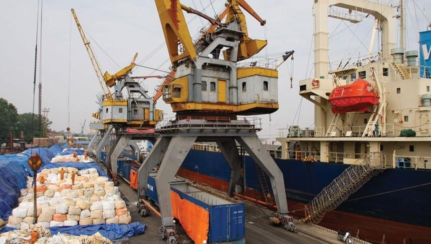Vận tải và Xếp dỡ Hải An (HAH): Quỹ ngoại bán ra 340.800 cổ phiếu để giảm sở hữu xuống dưới 5%