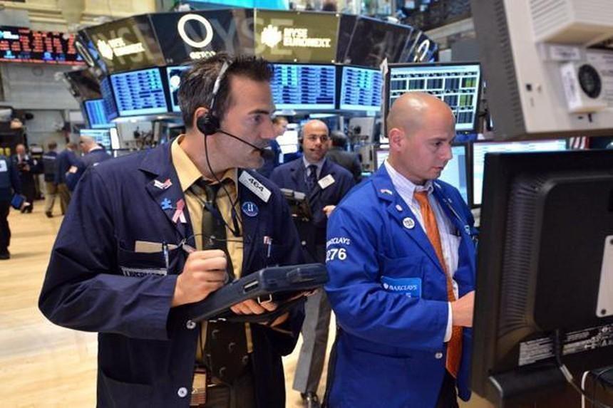 Biến thể delta lan rộng, giới đầu tư quay lại với cổ phiếu yêu thích
