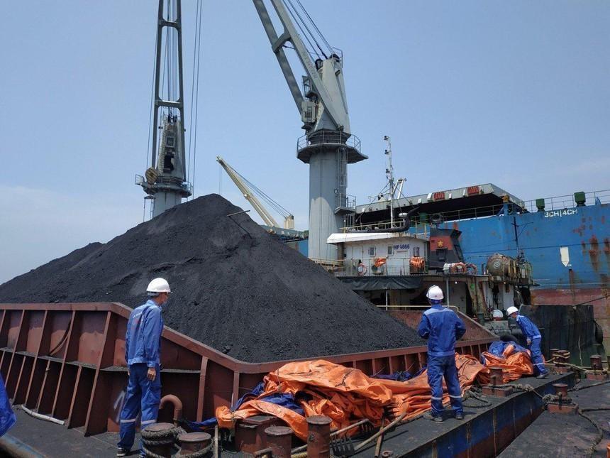 Các mỏ than của Mỹ thiếu hụt thợ khai thác trong bối cảnh nhu cầu bùng nổ